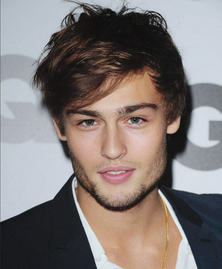 Beautiful hairy man from England Douglas Booth Douglas Booth