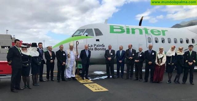 Binter bautiza un nuevo avión con el nombre `La Palma Isla Bonita´