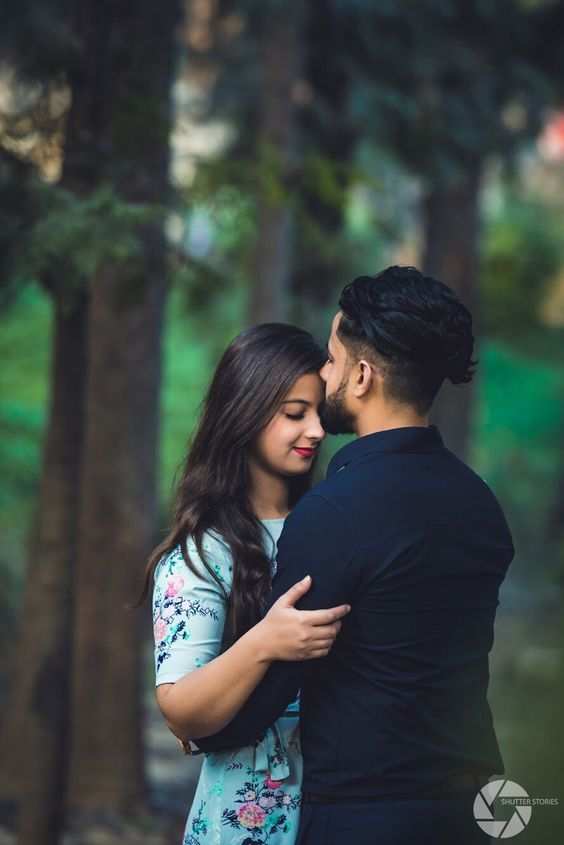 Trending Pre Wedding Couple Poses Ideas On Pinterest 2019