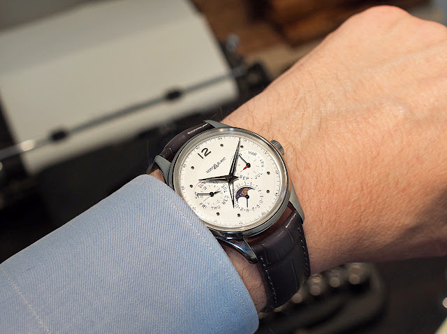 Wristshot of the Montblanc Heritage Perpetual Calendar ref. 119925
