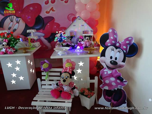Mesa decorada de festa Minnie com vestido rosa - Aniversário infantil