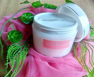 eileen-grace-perfectly-moisturize-rose-jelly-mask-efektif-pudarkan-flek-hitam