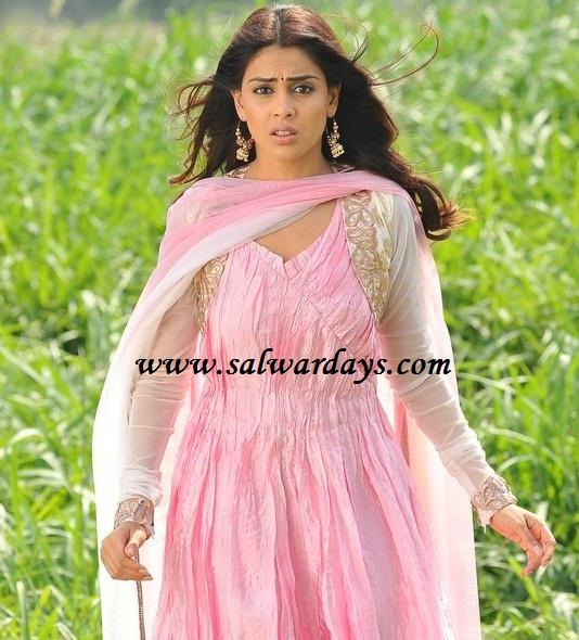 Indian Salwars and Indian Fashion: genelia in pink crushed ...