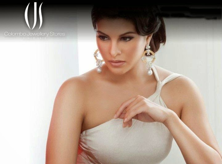 Jacqueline Ferndandez Hot Photoshoot in Colombo Jewellery