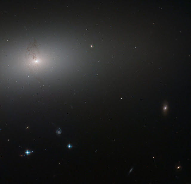 Elliptical Galaxy NGC 2768
