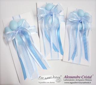 bomboniera personalizzata battesimo nastro azzurro segnalibro metallo mare