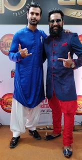 RJ JMAN of 93.5 RED FM with Ashmit Patel at Boroplus Gold Awards