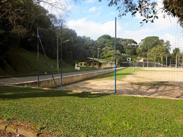 Campo de Futebol no Horto de SP
