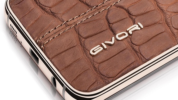نسخة بجلد التمساح من الهاتف Samsung Galaxy S7 edge