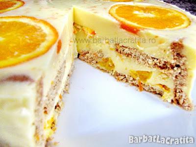 Tort de portocale taiat