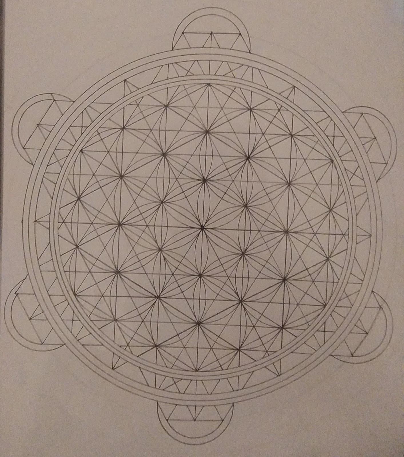 [SPOLYK] - Geometries & sketches - Page 6 47682544_1103195663200450_5895631410273714176_o