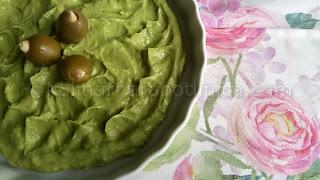 Мус от авокадо с пресен чесън
