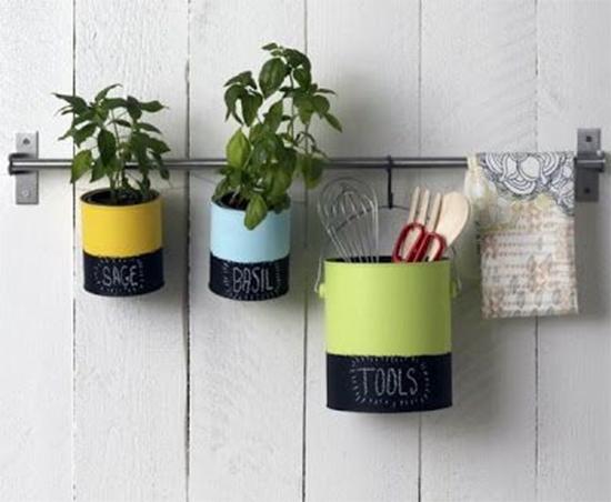 porta temperos, latas recicladas, latas pintadas, latas, latinhas, faça você mesmo, diy, painted tin can, tin can recycle, a casa eh sua, acasaehsua, reciclagem, sustentabilidade, upcycling