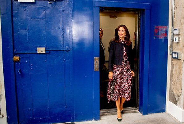Crown Princess Mary Hugo Boss Kestani Midi length dress and Princess Mary wears Valentino Rockstud patent leather pumps