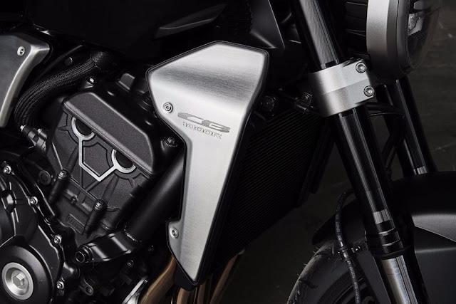 La Honda CB1000R 2018 funciona con un motor Fireblade que ha sido modificado desde 189 hp (141 kW) hasta 143.5 hp (107 kW)
