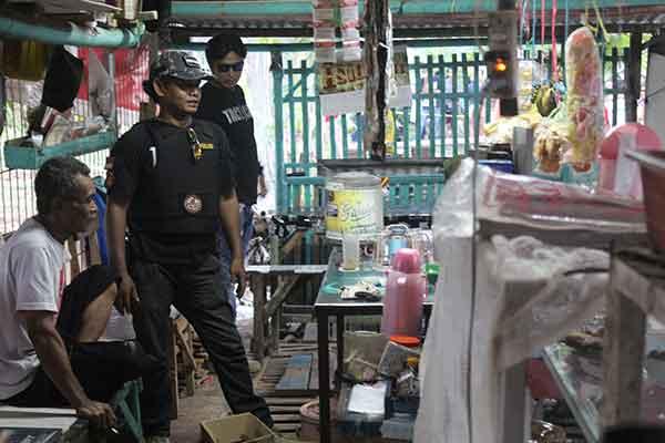 pemilik warung kaget langgananya ternyata teroris