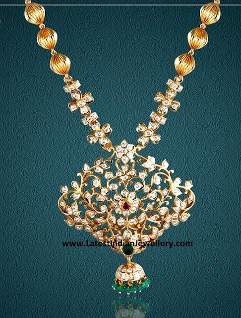 Close Set Diamonds Necklace