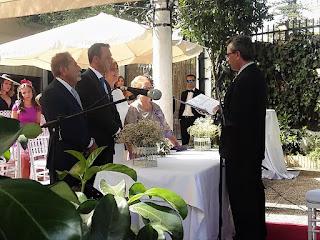 Boda oficiada en el restaurante La Raza (Sevilla)