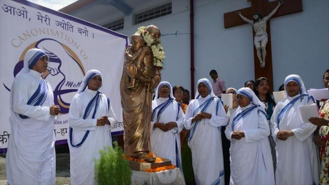 Papa Francisco declara santa a Madre Teresa de Calcuta
