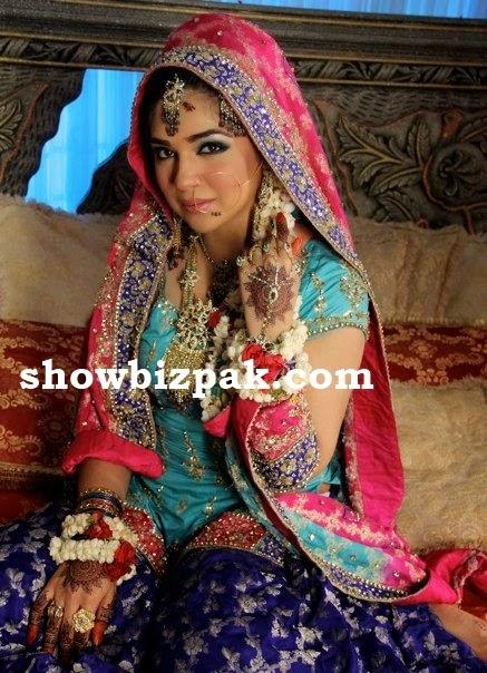 Aisha malik uk married wife cheating to her husband 5