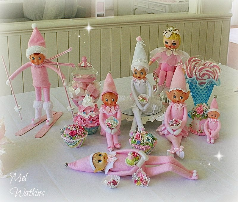 Olivia's Romantic Home: Mel's Pink Christmas Home Tour - photo#11