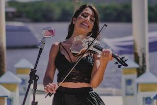 Violinista paraibana Belle Soares fará show na festa do Retiro dos Artistas no RJ