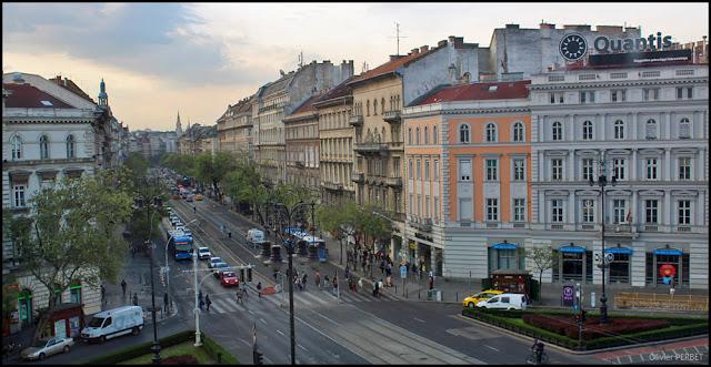 La place Oktogon de Budapest
