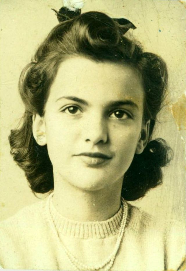 The 1940s Hairstyles: The Unique Hairdos That Women Should Try Once ...