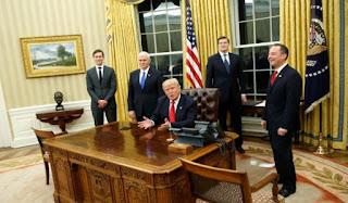 Τι έκανε την πρώτη μέρα της προεδρίας του ο Τραμπ