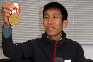 東徹さん日本山岳耐久レース初優勝!