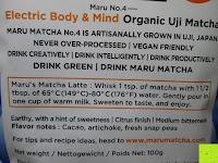 hinten: 100g Original Japanischer BIO Matcha Pulver aus Uji Japan - Für Grüntee-Latte, Coldbrew Matcha, Smoothies, Backen. 0,16/Portion