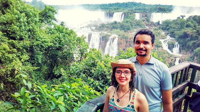 Uma típica visão a trilha do lado brasileiro das Cataratas do Iguaçu.