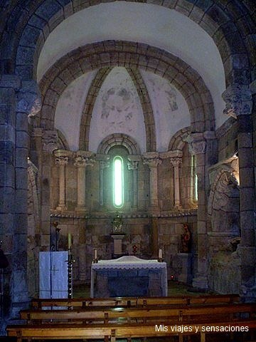 Monasterio de Ferreira de Patón, Ribeira Sacra, Galicia