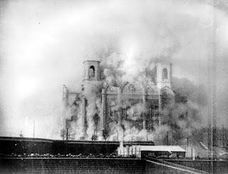 Demolición de la Catedral de Cristo Salvador de Moscú