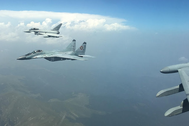 ITALIAN EUROFIGHTERS TRAIN TOGETHER WITH BULGARIAN MIG-29S