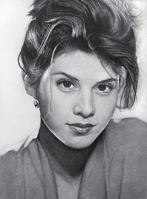 10-Marisa-Tomei-ekota21-Very-Detailed-Celebrity-Portrait-Drawings-www-designstack-co