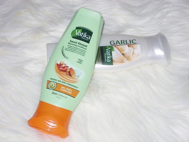 Recenzja: Czosnkowy szampon z henną do włosów łamliwych i wypadających oraz Migdałowa odżywka do suchych i matowych włosów, Vatika