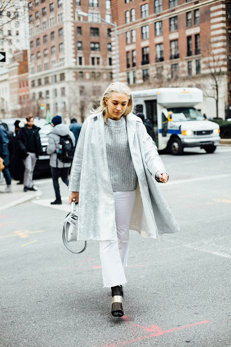 Parisienne How To Wear Your White Jeans