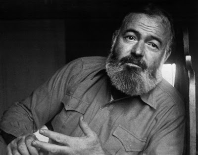 Ernest Hemingway: Gato bajo la lluvia (1925)