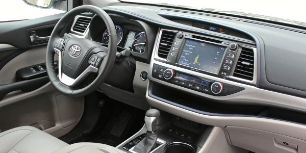 Toyota Highlander 2017 Interior