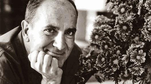 Manuel Puig, escritor, 1