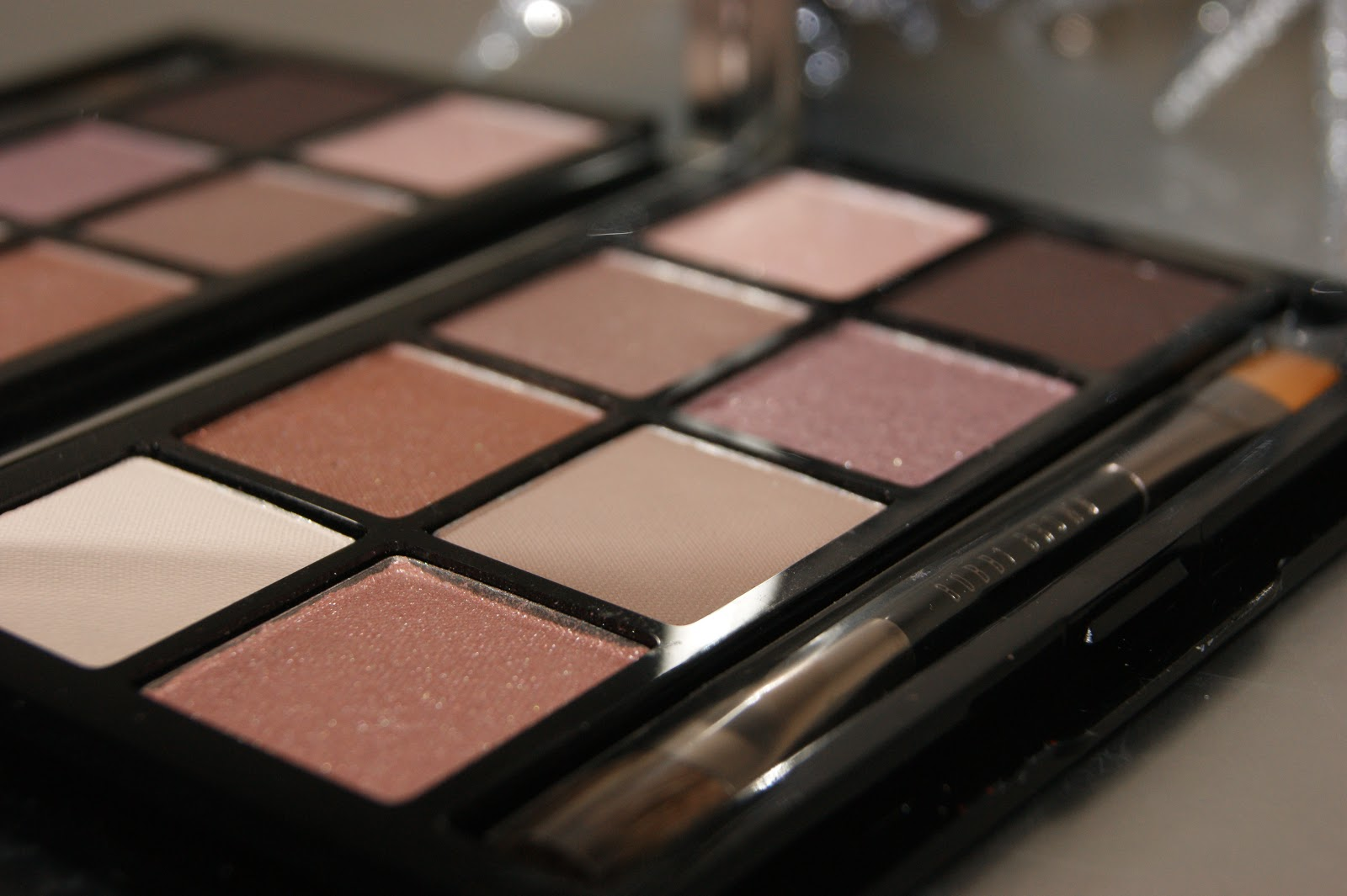 Bobbi Brown Desert Twilight Eye Shadow Palette Review