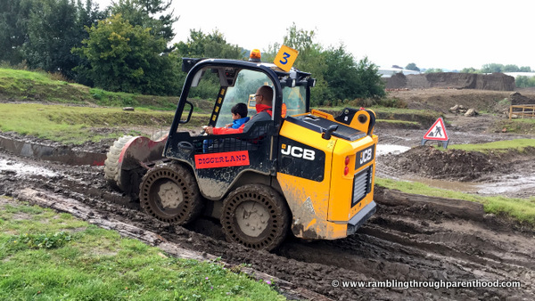 Robot driving at Diggerland