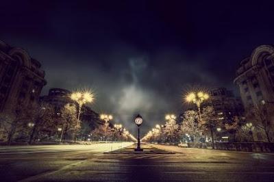 waktu sebagai jarak puisi