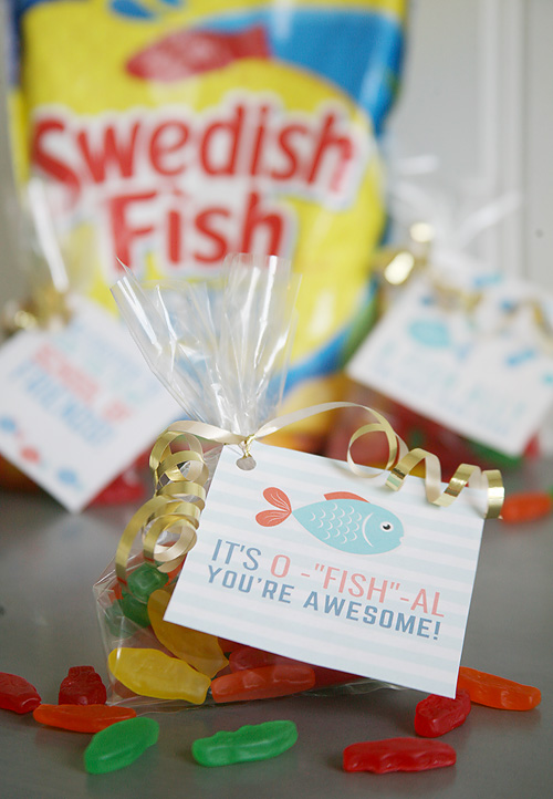 Fish themed first day of school printables. Fish themed treat tags for birthday parties, school parties, or just for fun!