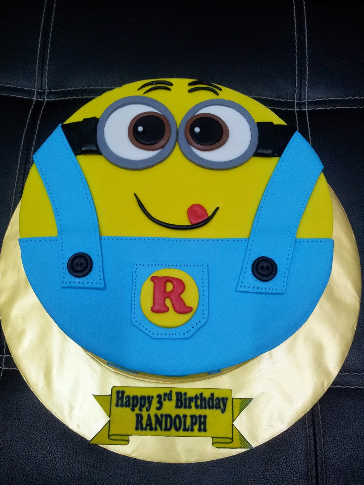 L Mis Cakes Amp Cupcakes Ipoh Contact 012 5991233 Minion