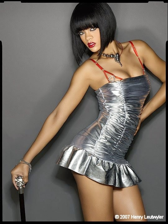 Sexy pop singer