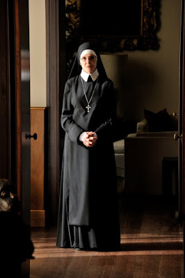 The Young Pope Diane Keaton (5)