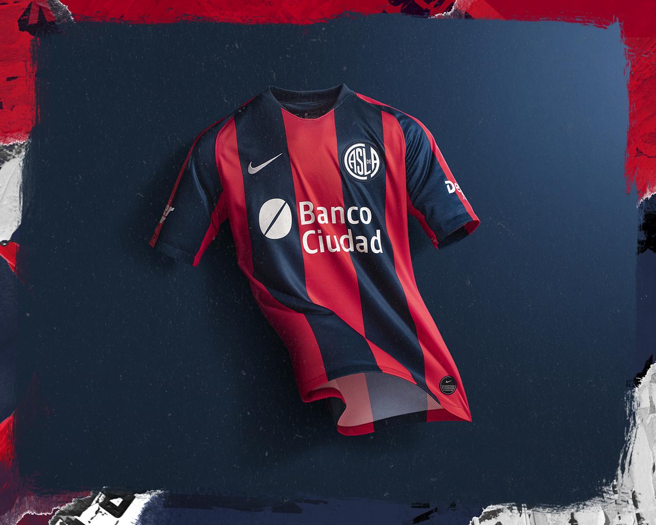POLIDEPORTIVO NEWS  Fútbol  San Lorenzo estrena nueva camiseta 8403a4cb01303