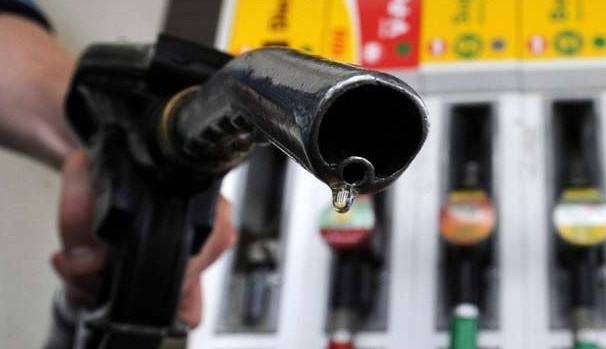 تارودانت24 / الشركات تخفض أسعار الوقود .. والداودي يجتمع بأصحاب المحطات